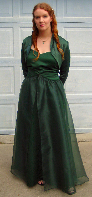 Full-length picture of the green dress